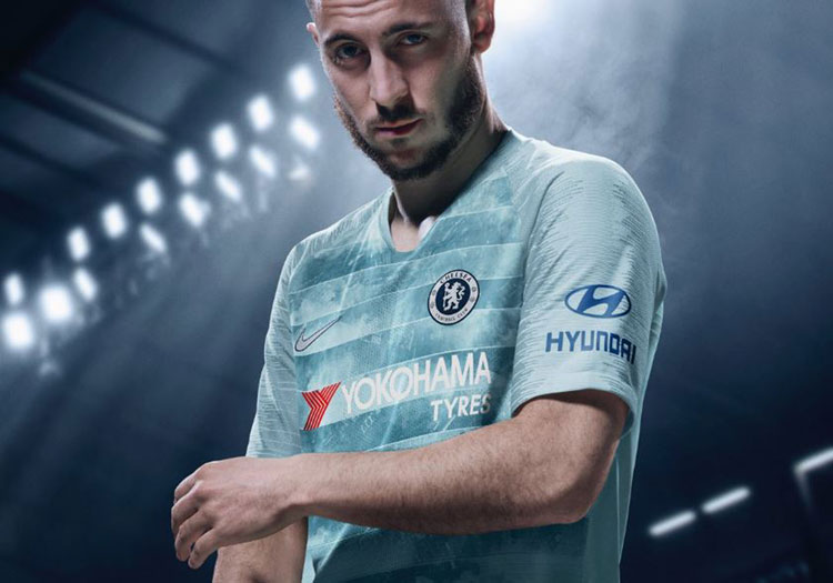 a869c5347 Chelsea kit adopts Nike Connect technology