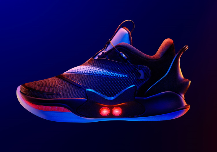 Nike Introduces Self Lacing Sneakers